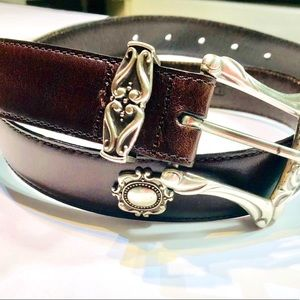 👛2/$50 Fossil Leather and Silver Embellished Belt